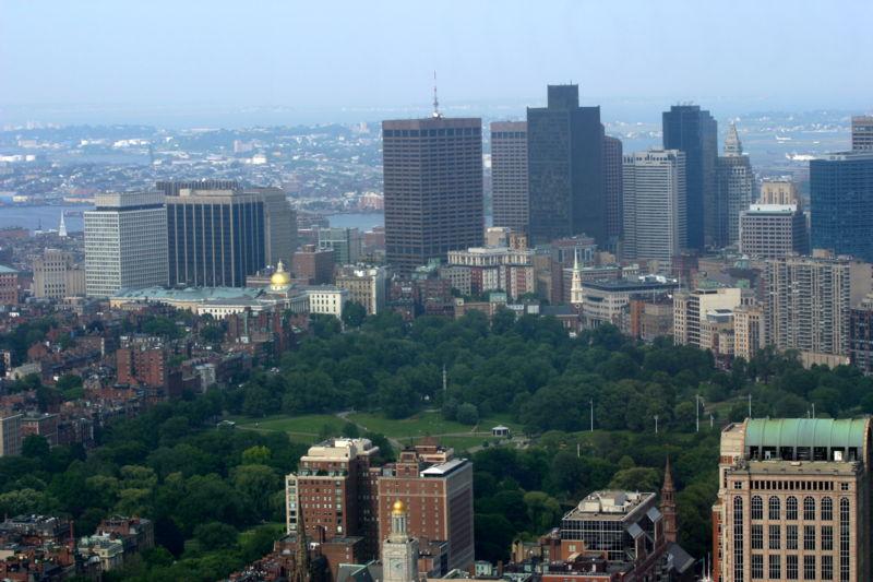 800px-Boston_common_20060619