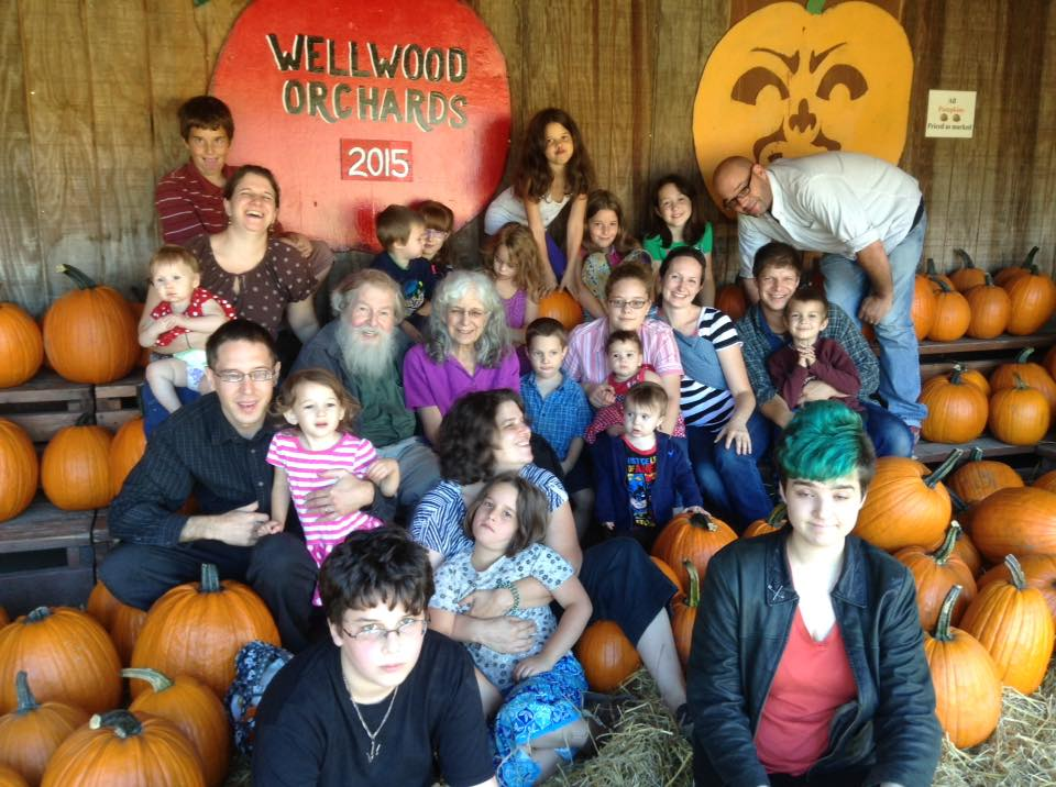 apple orchard family
