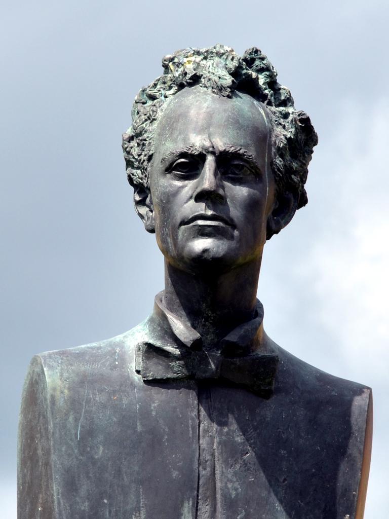 Mahler,-detail,-JihlavaJan-Koblasa,-Gustav-