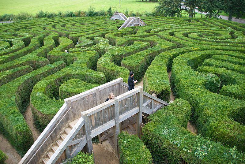 800px-longleat-maze